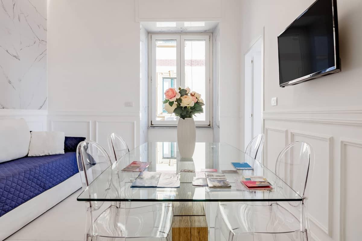 Relais Mareluna—Luxurious Sea-View Apartment