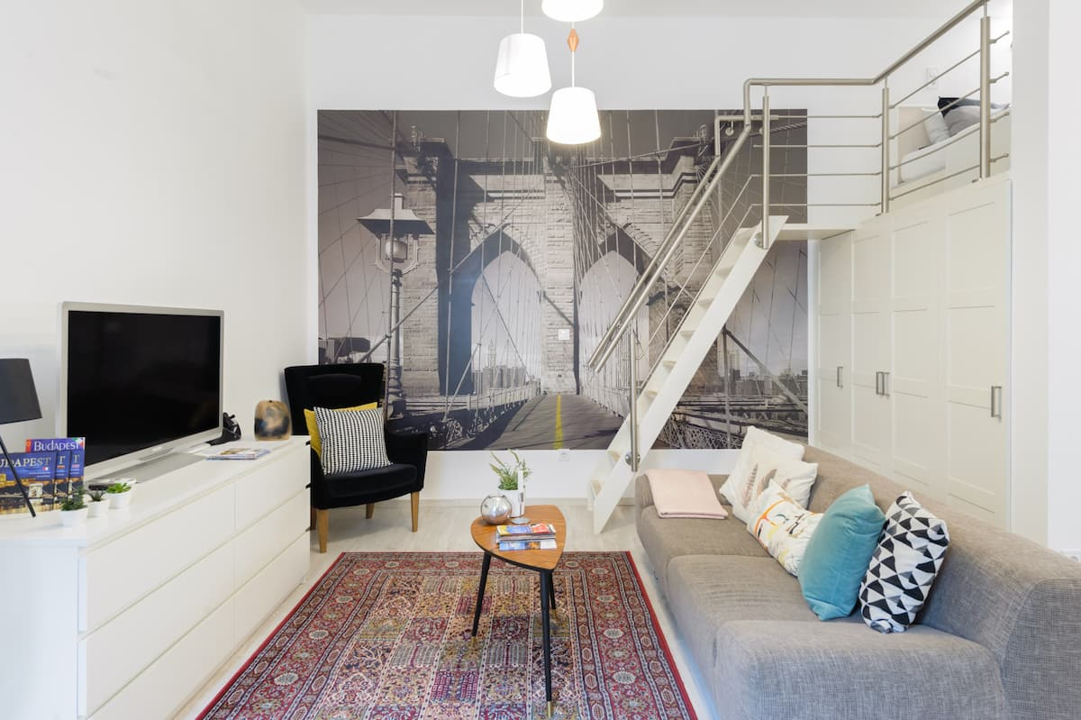 Izabella Studio Apartment at Andrassy Avenue