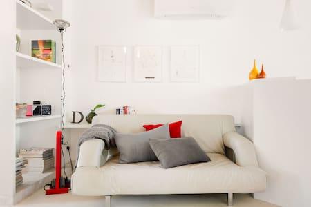 Prenditi Una Pausa in Appartamento, Moderno, a Porta Venezia