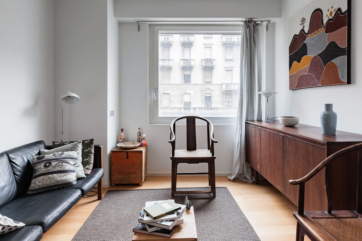 Enjoy Milan in a Cozy Flat Steps from the Duomo