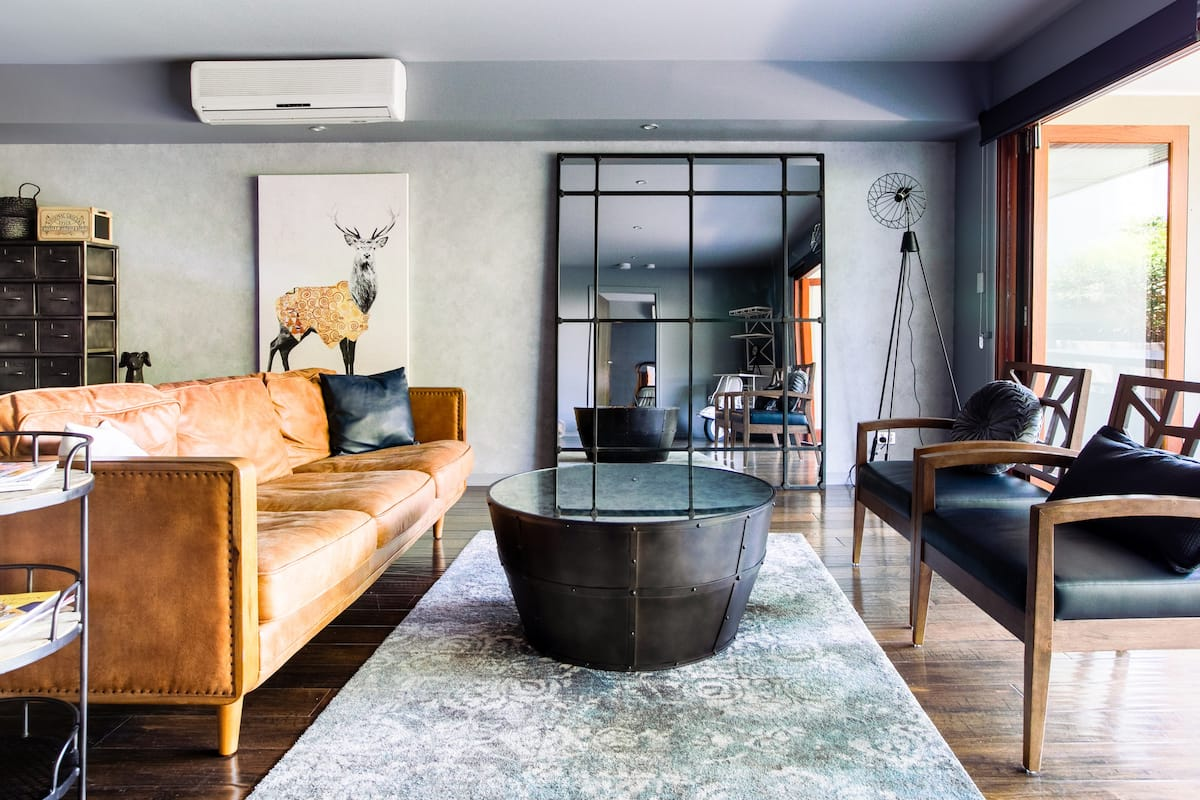 Boutique Apartment on one of Brisbane's Trendiest Streets