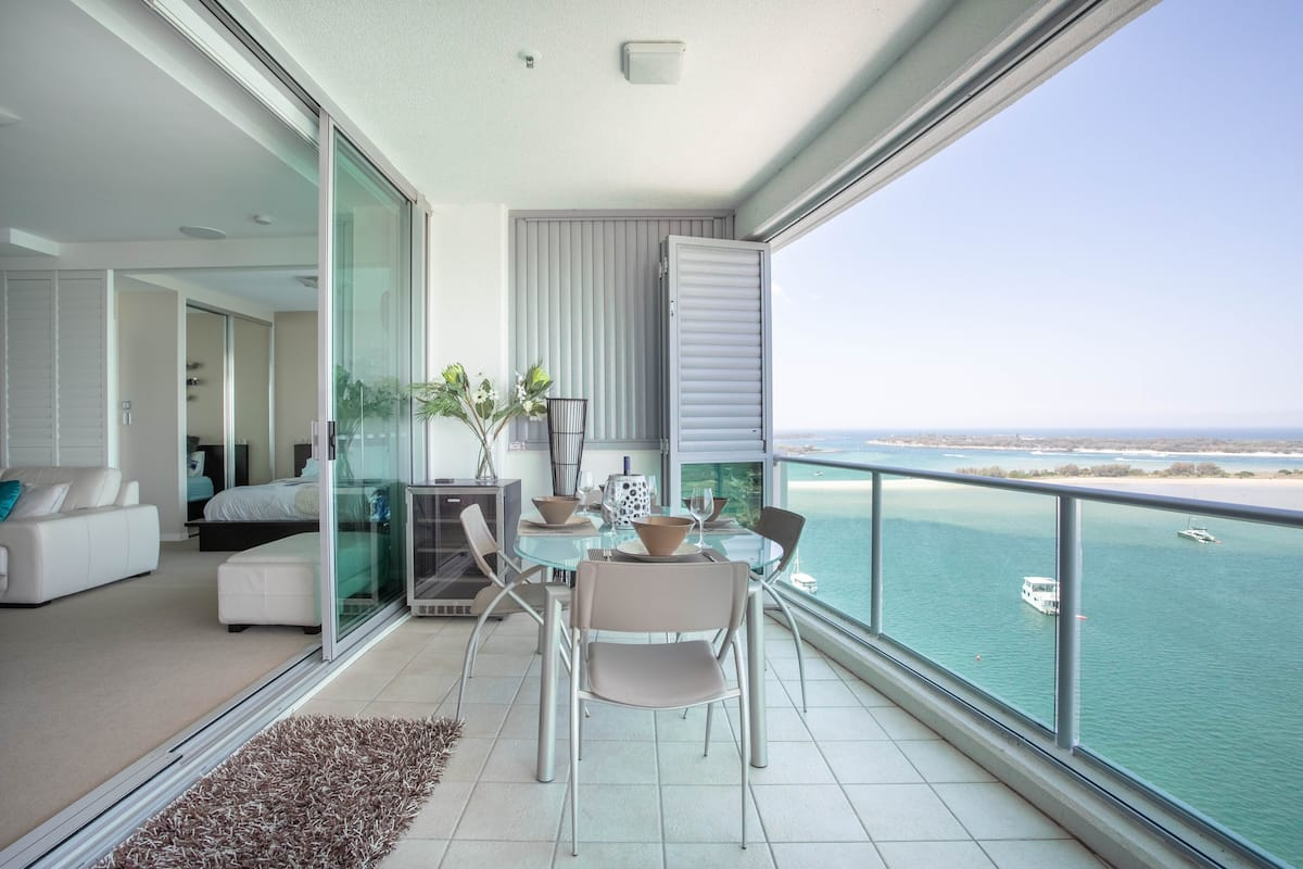 Oceanside Living at its Finest in 5-Star Aqua Apartment