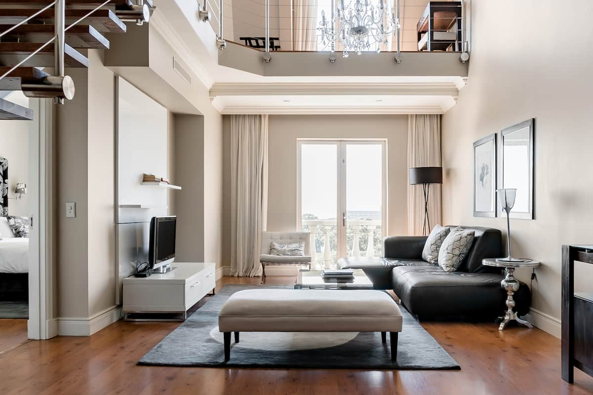 Cape Royale Apartment in Vibrant Greenpoint