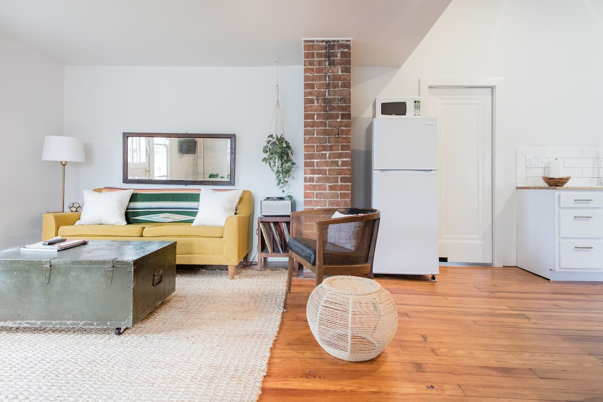 Hip, Sun-Filled 1920s Loft in East Nashville
