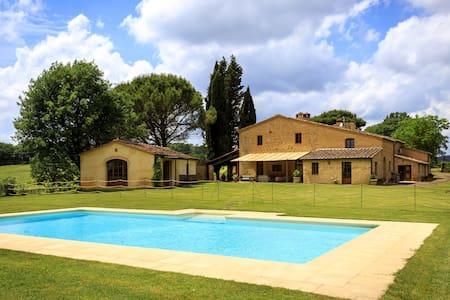 Villa Di Montesoli