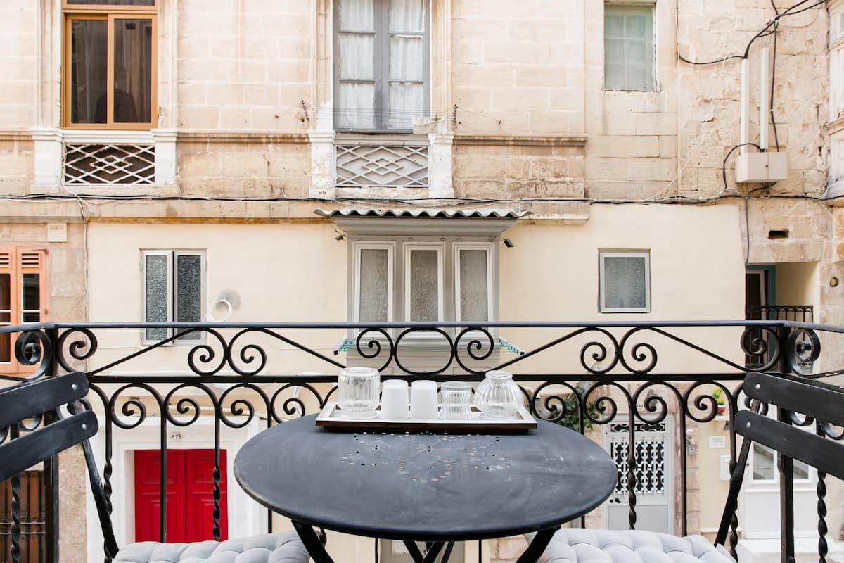 Soak up Old-world Charm at a Boutique Valletta Retreat