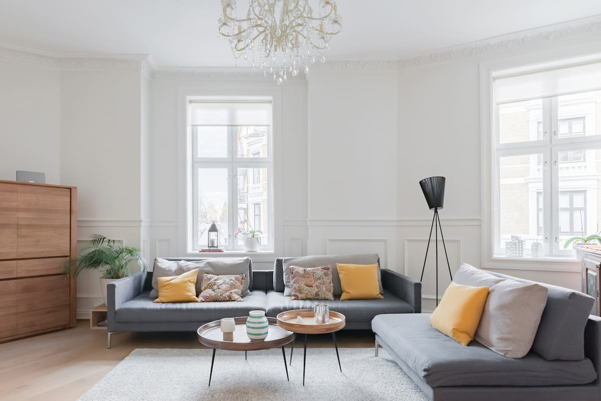 Classic Apartment with a Fireplace by Frogner Park