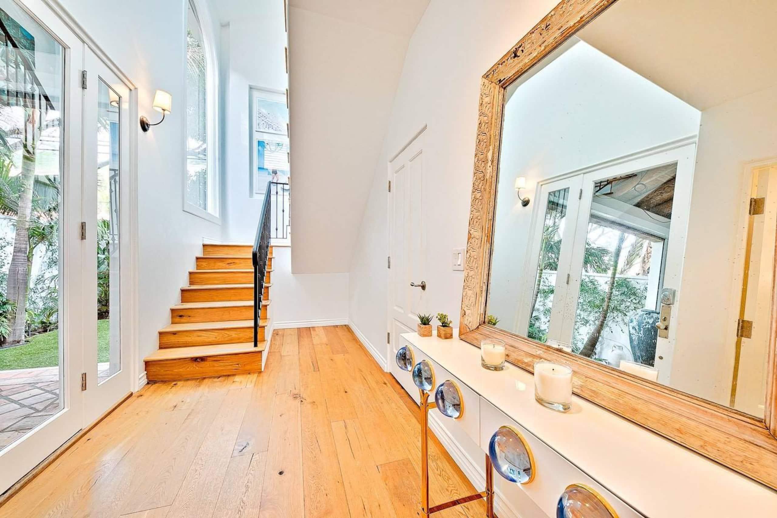 Apartment Villa Shawaiz - Beachfront Villa with 5 beds  photo 20368003