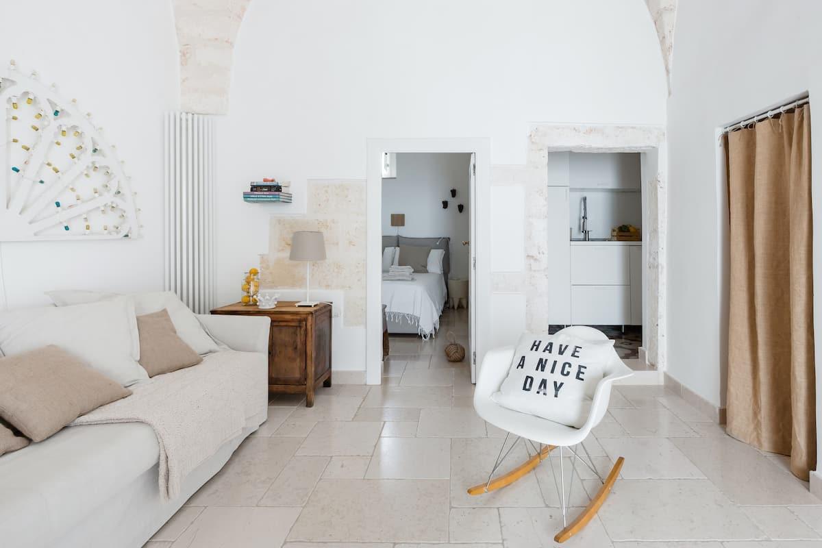 Luminaria- Casa settecentesca con panorama mozzafiato su mare e centro storico