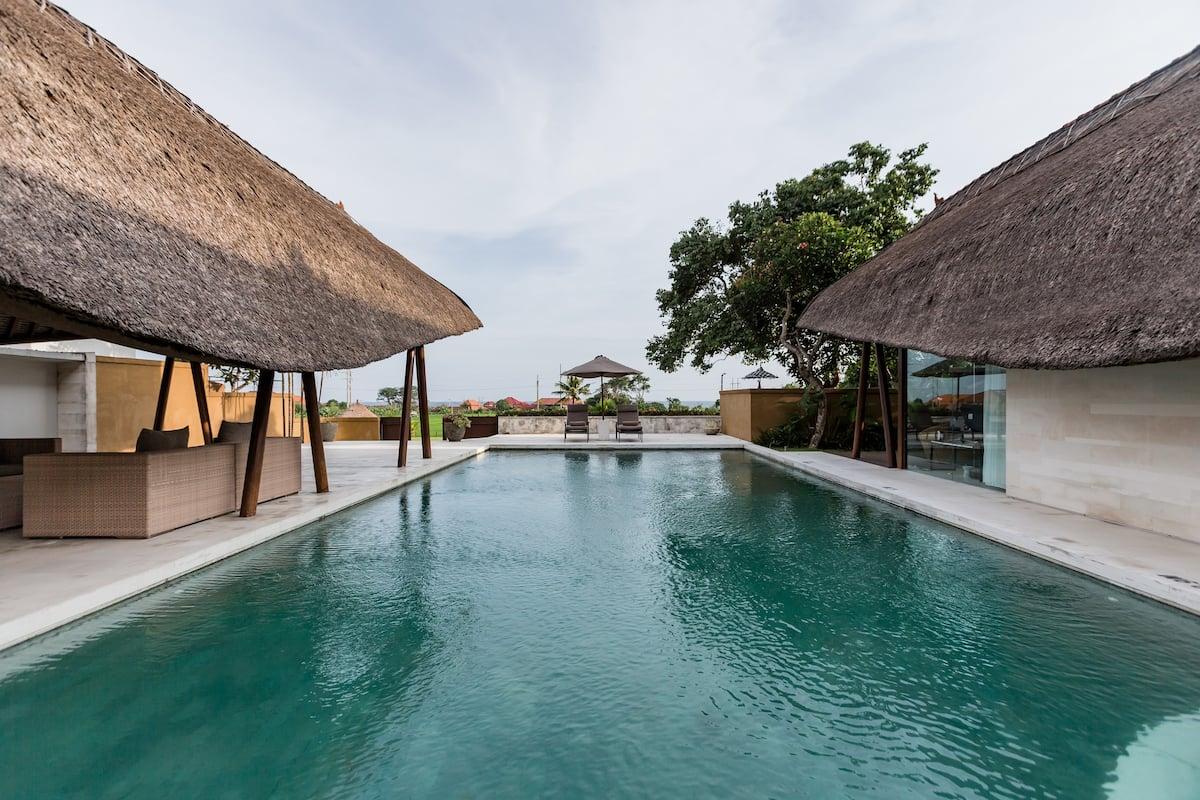 Villa Sanur Overlooking Rice Fields and Ocean
