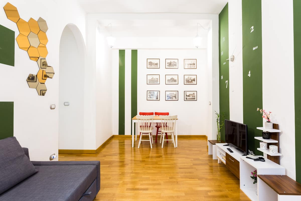 Vibrant, Quirky Apartment in Trastevere