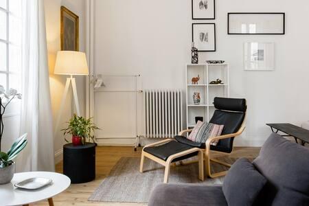 Appartement haussmannien à deux pas du Palais des Papes
