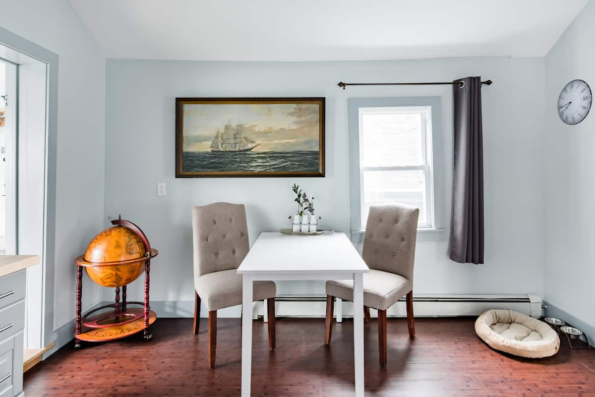 Maritime-Themed 1800s Home with Garden