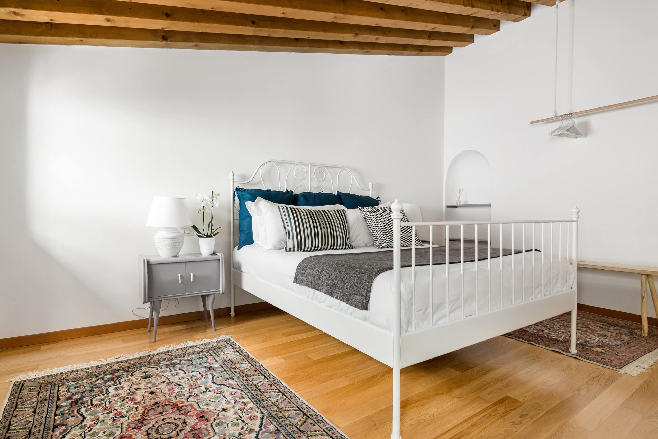 Modern gem in the heart of vicenza appartamenti in for Appartamenti arredati in affitto a vicenza