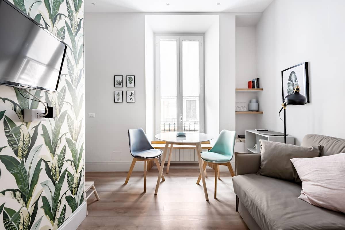 Delizioso appartamento in stabile d'epoca con giardino nel quartiere Prati
