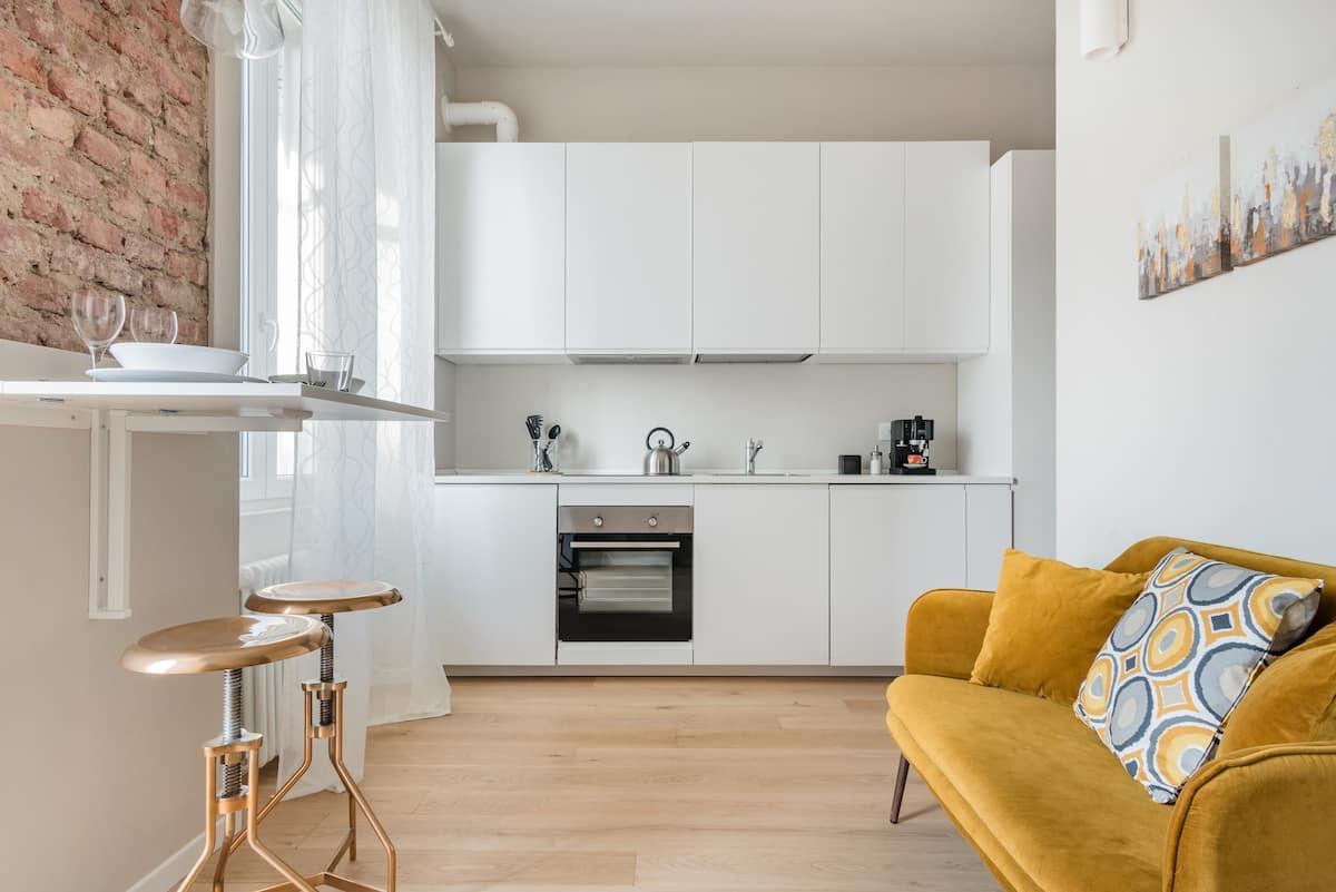Raffinato e ben collegato monolocale milanese in Lambrate Design District