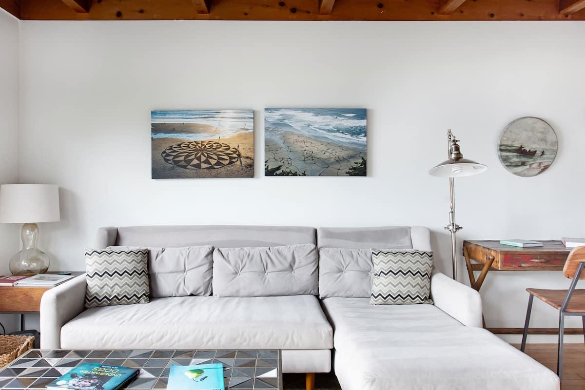Oceanfront Apartment in Stinson Beach