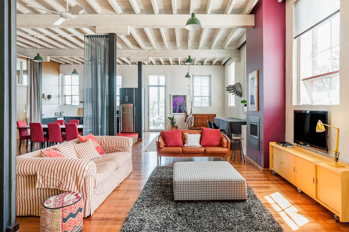 Captivating, Art-Filled Flat in a 19th-Century Warehouse