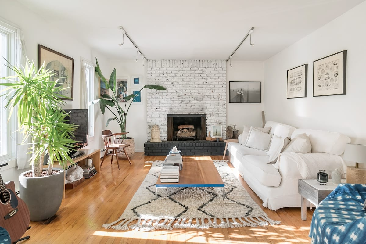 Walk to Amagansett Beach From this Bright Home