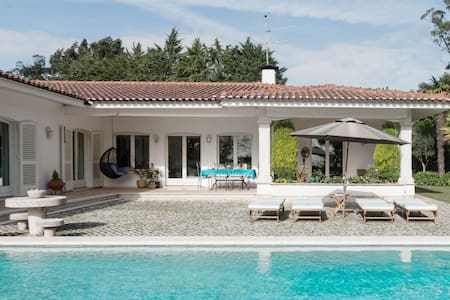 Family-Friendly Villa in Sintra Surrounded by Nature