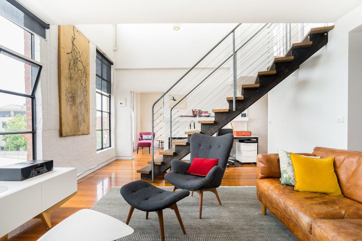 Rose St - Sophisticated Loft with a View of Fitzroy