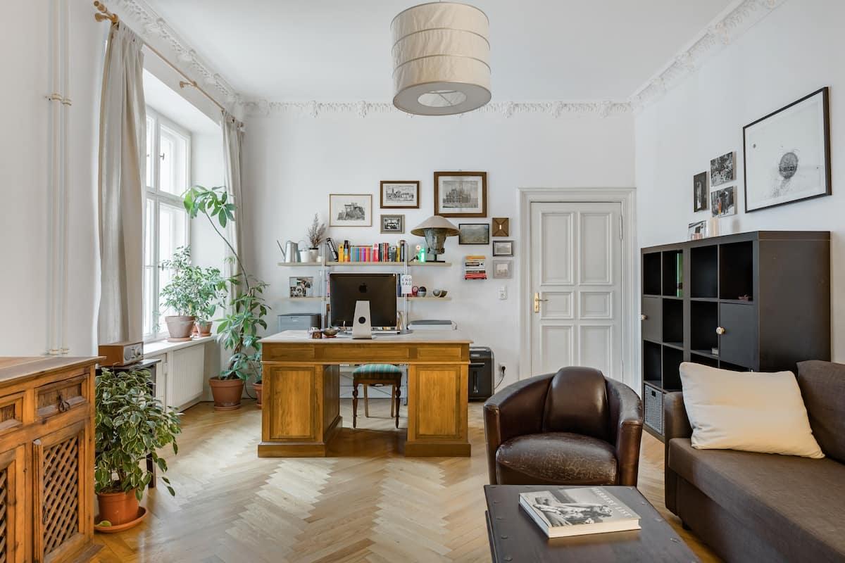 Spacious Prenzlauer Berg Apartment in Quiet Street