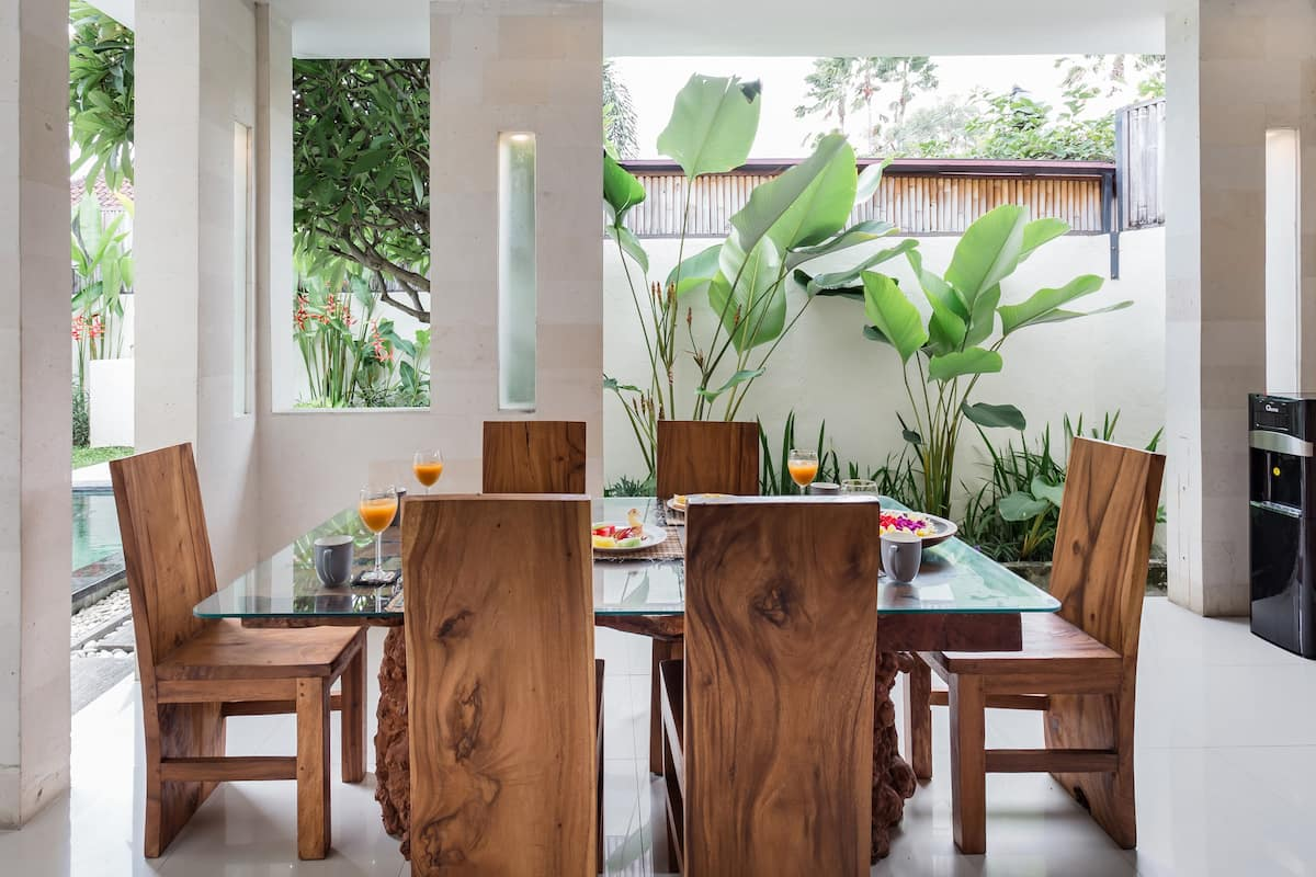 Stunning Tranquil Hideaway Villa in the Heart of Seminyak