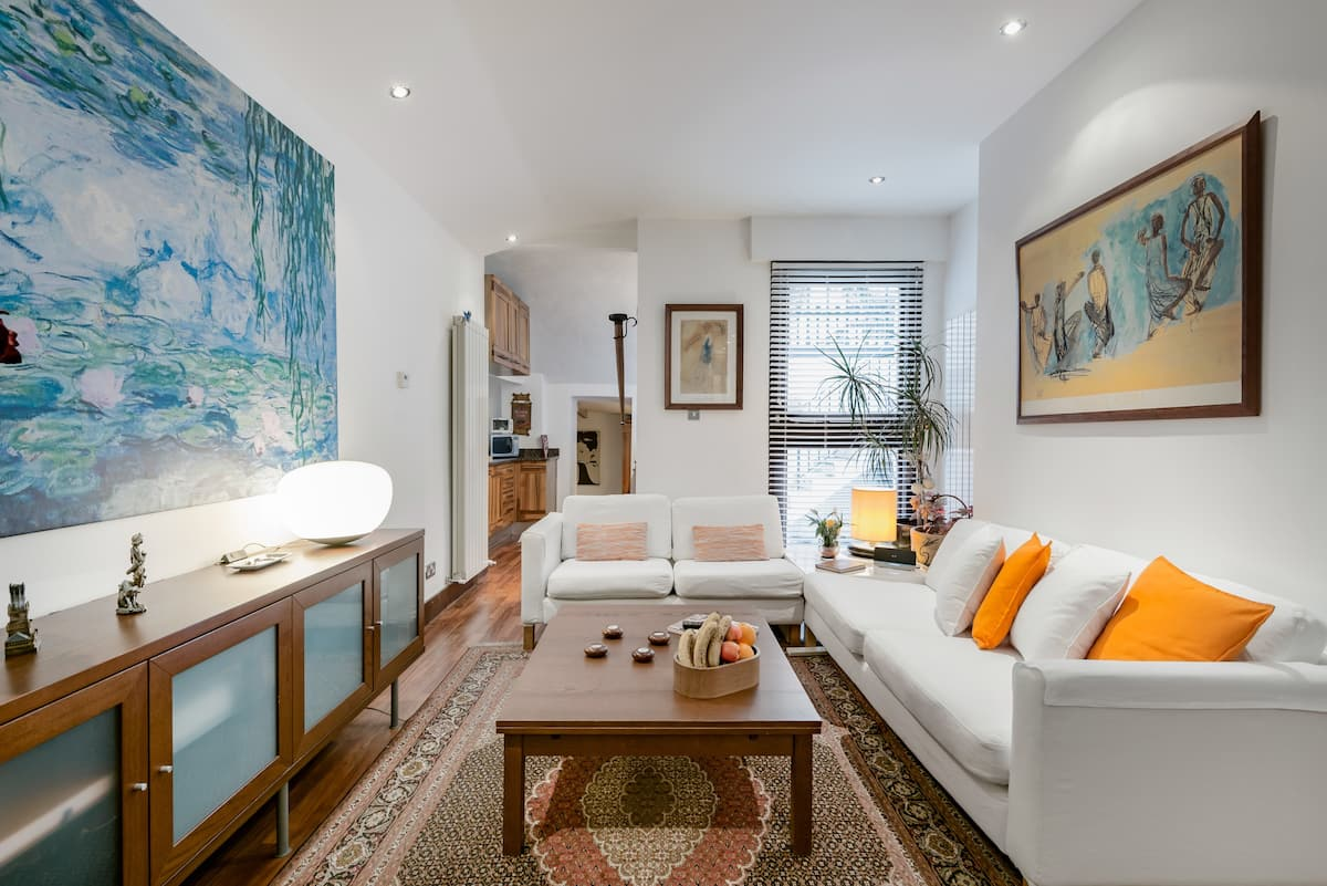 Lower Level Apartment with Terrace