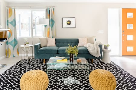 Palm Desert Oasis in Colorful Mid-Century Style