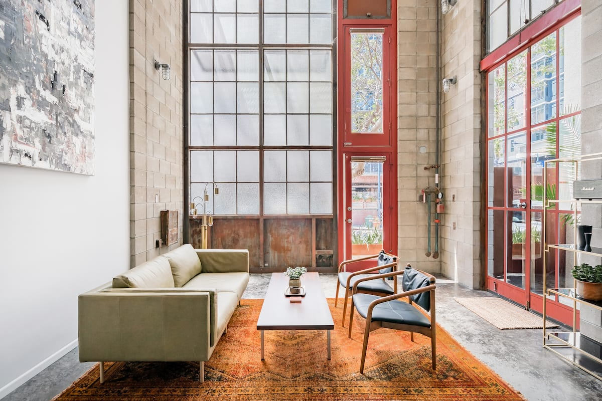 Little Italy Light-Filled Loft, Monthly Discounts Available