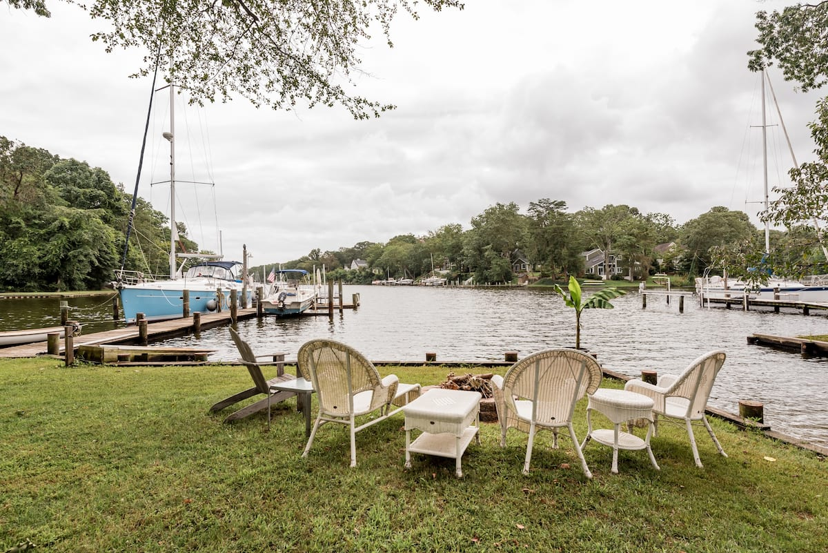 Charming Waterfront Cottage in Severna Park