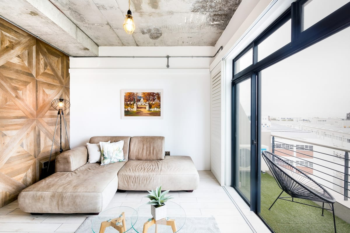 Elegant and Industrial Ocean View High-Rise Condo