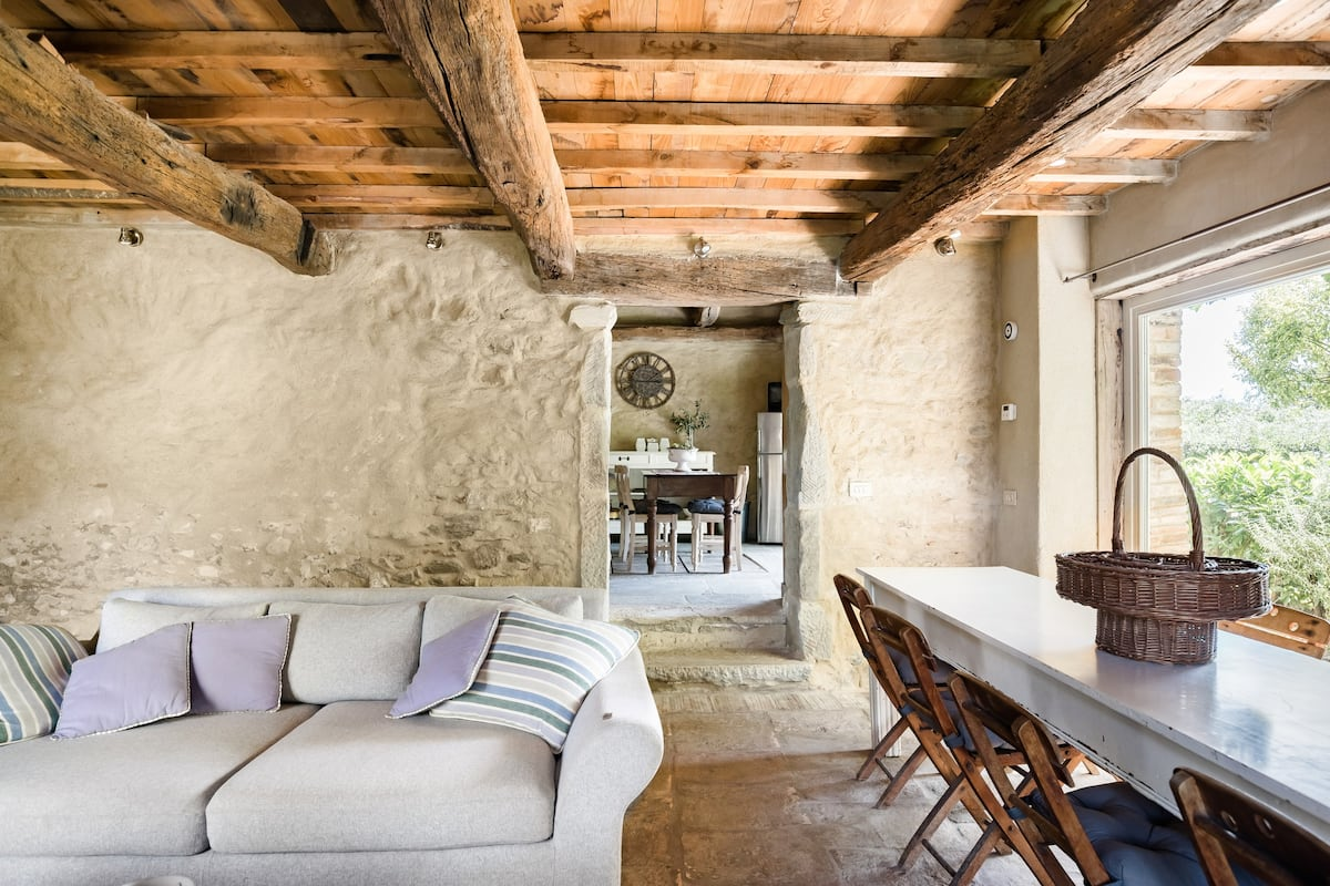 Poggiodoro, your Charming 16th Century Stone Villa in Tuscany with sauna