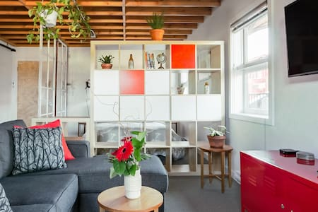 Charming Penthouse Studio in Old Town