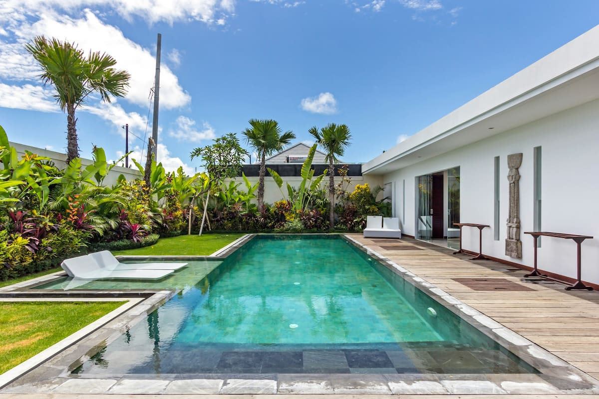Seminyak Villa with Spacious Rooms and a Large Pool