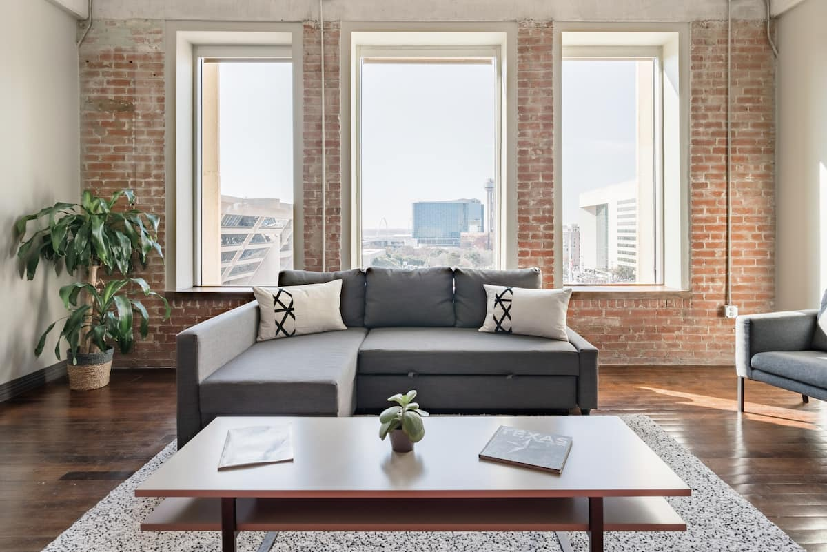 Characterful Historic Loft in Downtown Dallas