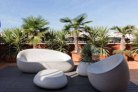 Be totaly safe in Deluxe Penthouse with Fantastic Terrace - Sagrada Familia