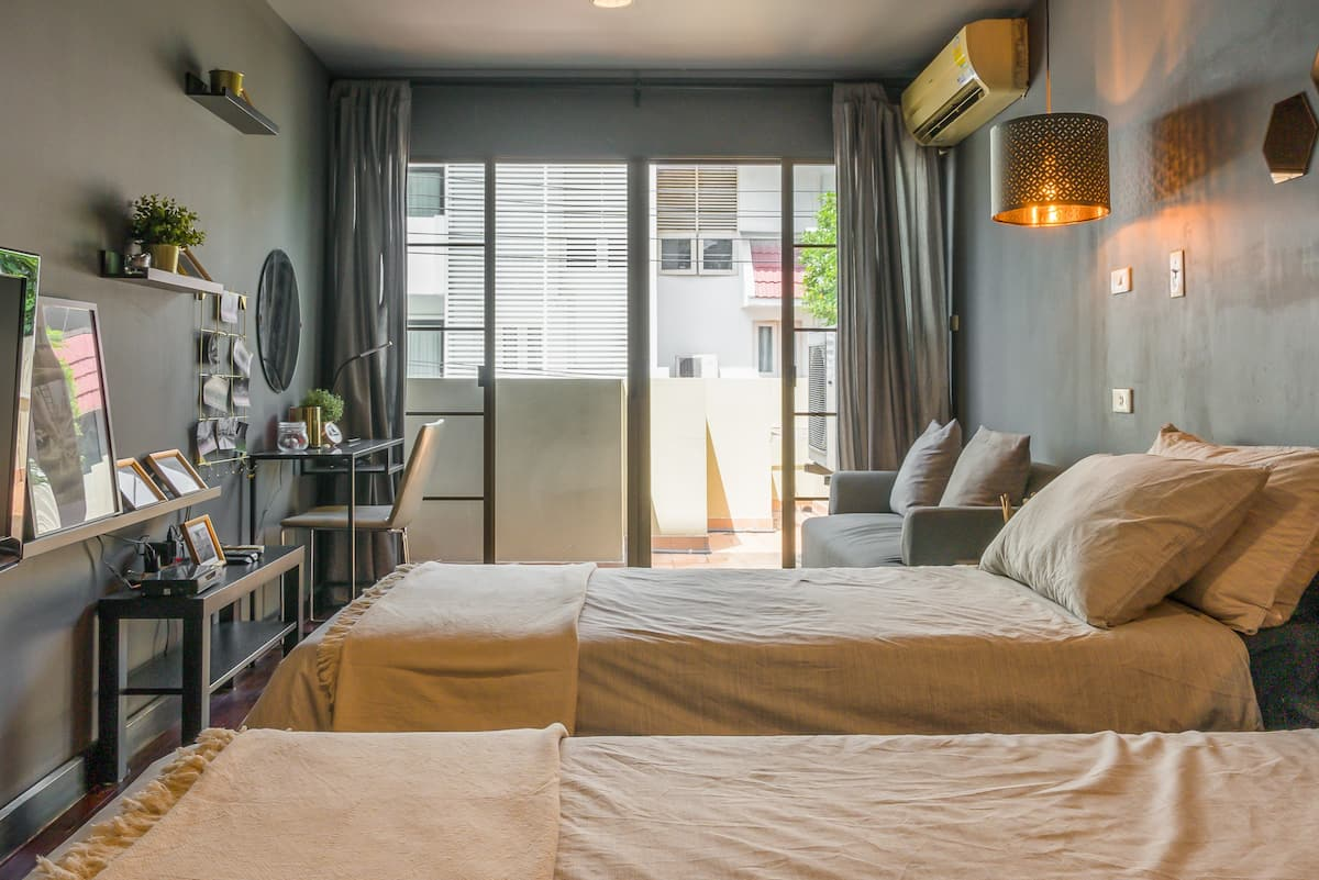 Laid Back Bangkok Living in a Retro Chic Retreat