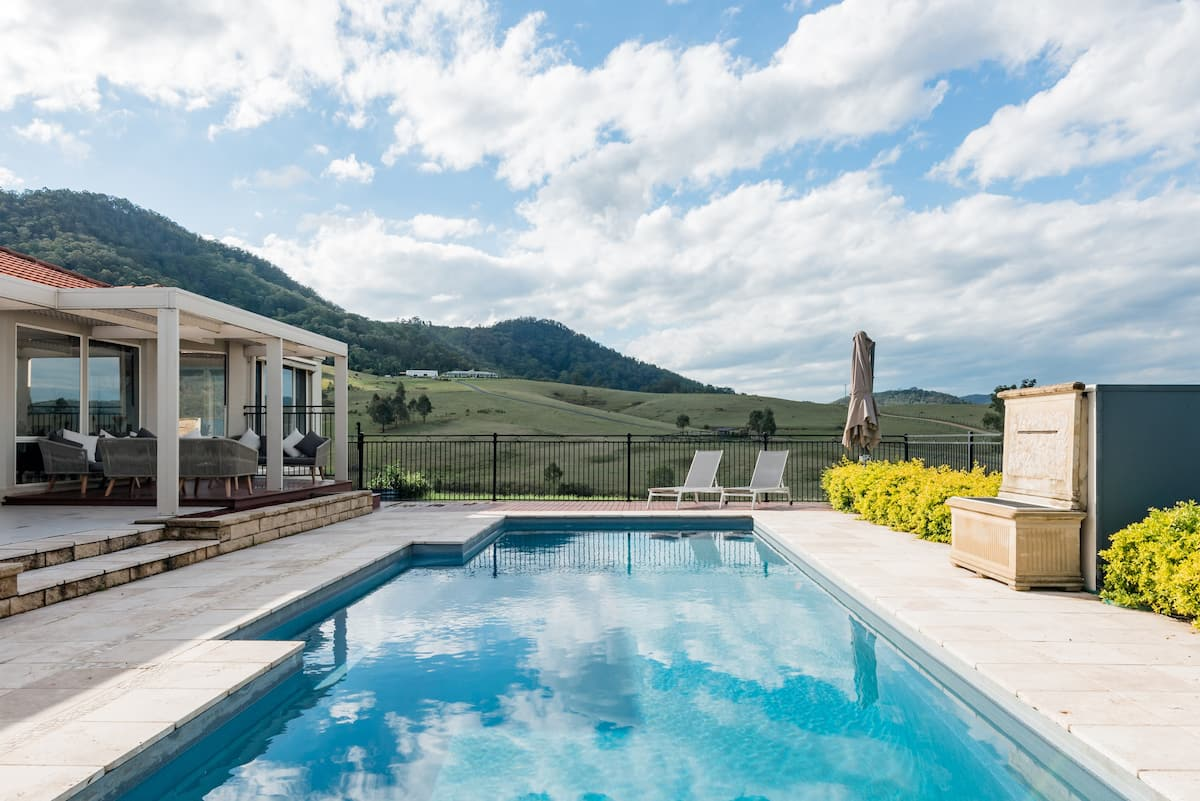 Dreamy Valley Views in a Stylish Hunter Valley Home