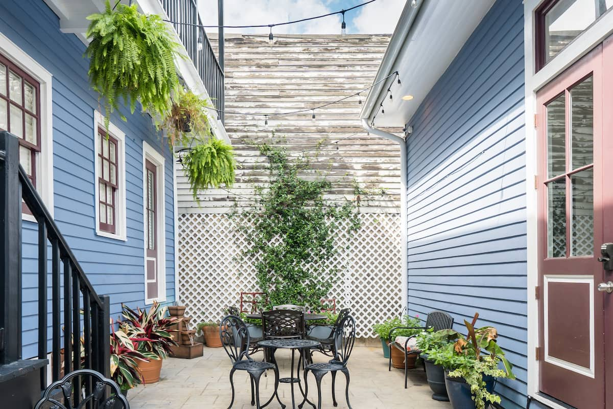 Renovated 19th Century Condo Close to French Quarter