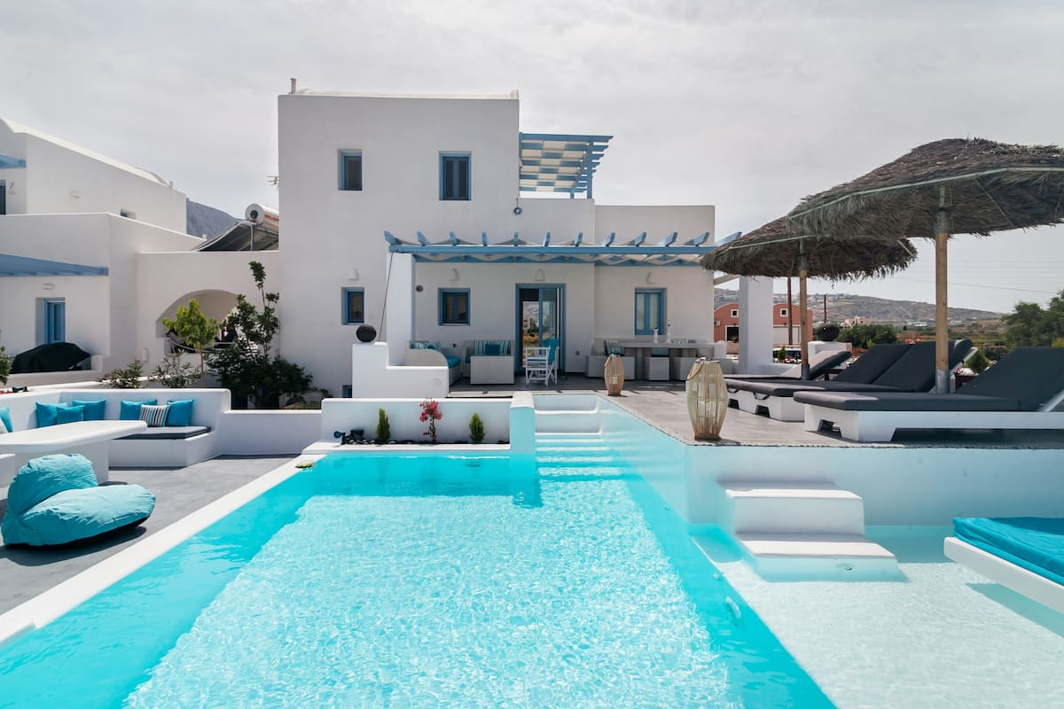 Drift Peacefully in the Pool of This Chic Villa