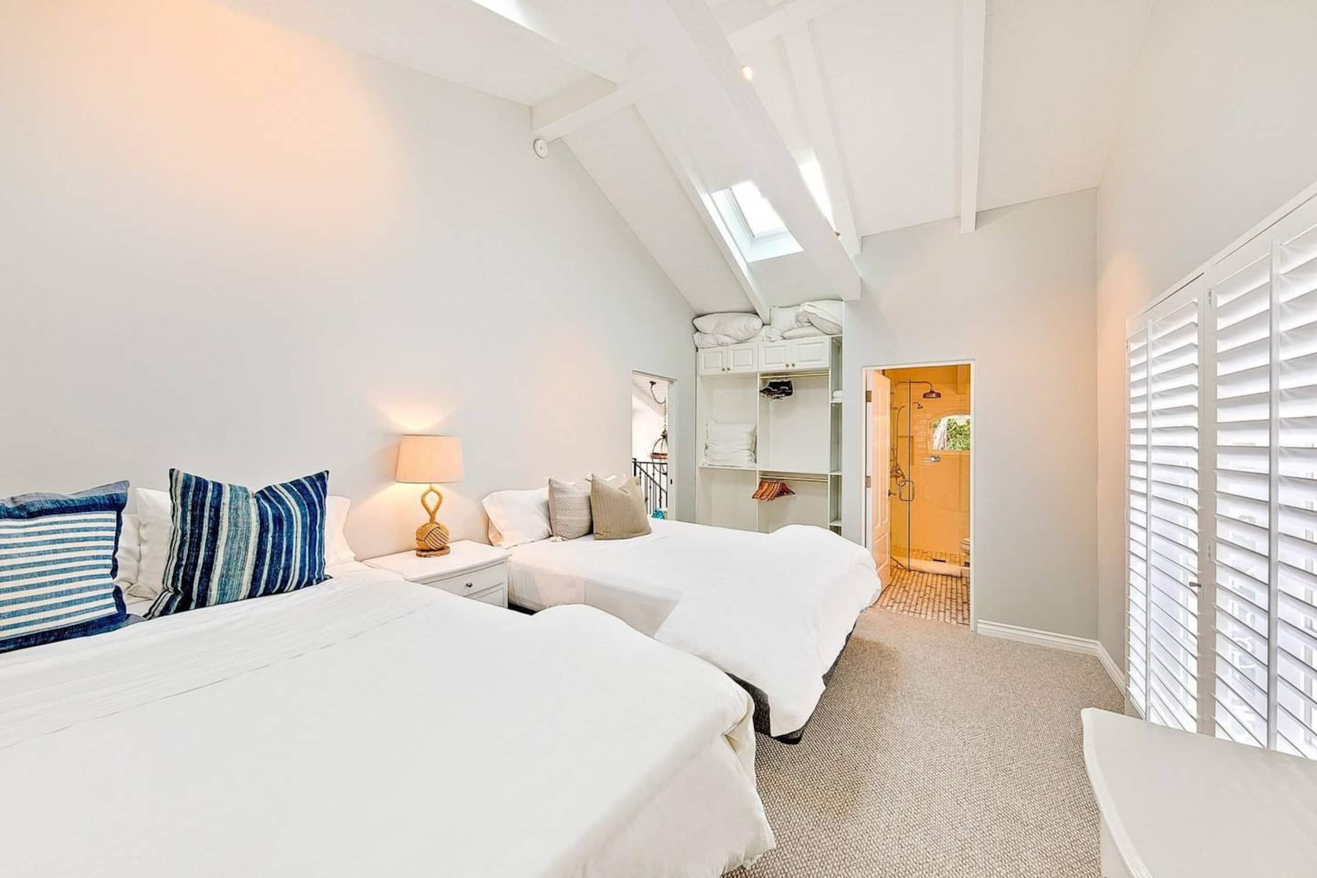 Apartment Villa Shawaiz - Beachfront Villa with 5 beds  photo 20242922