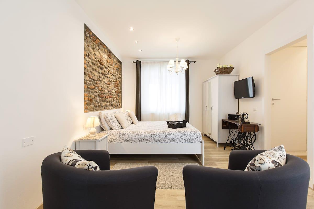 Appartamento Curato e Caldo Vicino a Malpensa