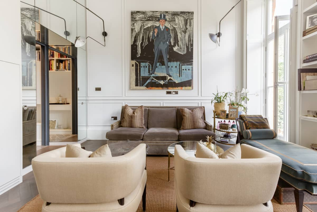 Stroll To Holland Park from an Art-Filled Stylish Flat