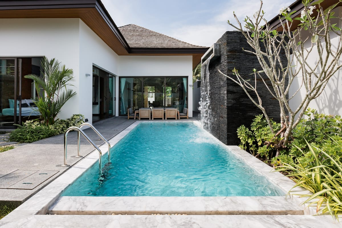 Tropical Vibrant Villa with Private Pool