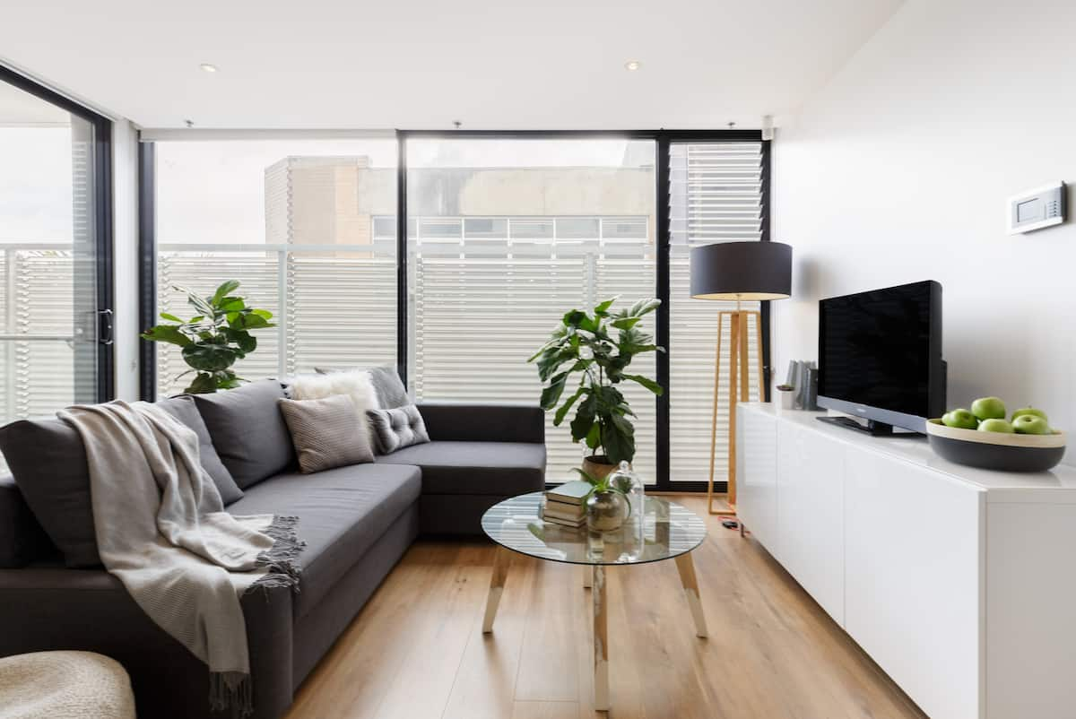 Explore St Kilda from a Central Modern Apartment