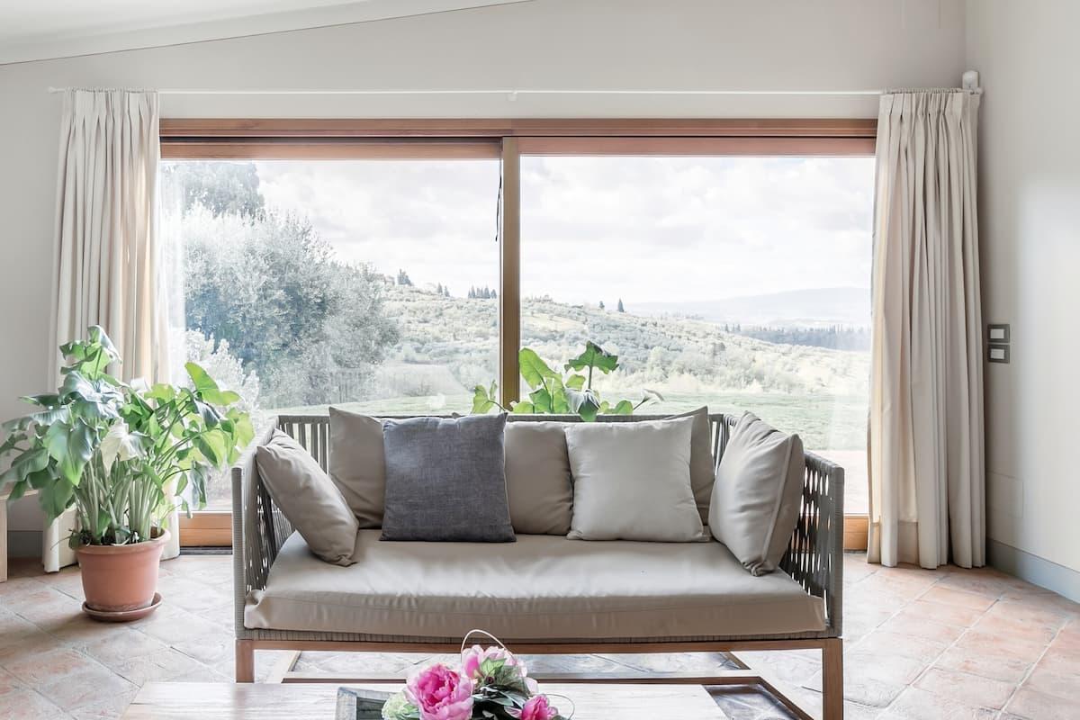 Remodeled Villa in the Chianti Hills near San Gimignano