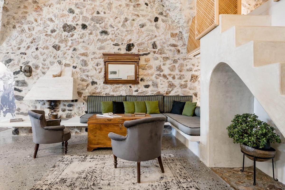 Canava Villas II in Santorini in Medieval Village