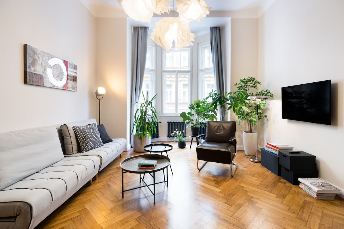 Artfully Designed Boutique Apartment