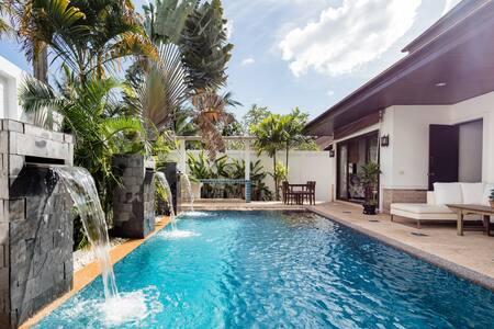 卡马拉海滩Ciara三卧泳池别墅 幻多奇的后花园